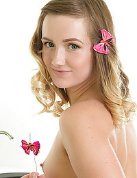 hot irish 18 yo teen nude amateur